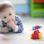 Развитие ребенка — что должен уметь ребенок в 10 месяцев?