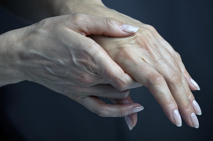 онемение рук во время сна