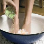 Как избавиться от запаха ног?