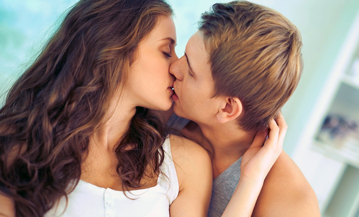 поцелуй без языка