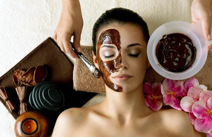 нанесение маски какао