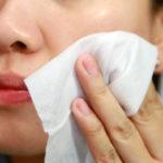 Можно ли протирать лицо перекисью водорода?