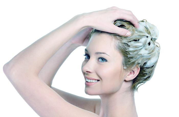 Маски для окрашенных волос в домашних условиях: рецепты для сохранения цвета