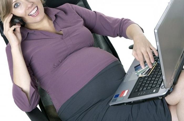 сидеть нога на ногу при беременности